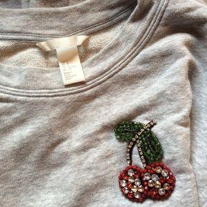 H&M Tops - H&M Cherry Sweatshirt Crewneck Cozy!